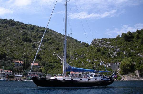 Morris Yachts Ocean Series 46