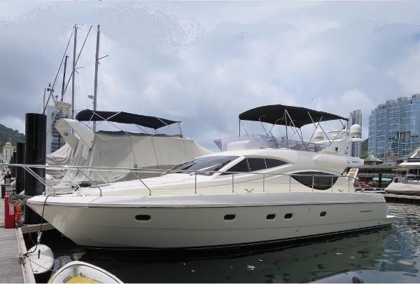 Ferretti Yachts 500 Profile