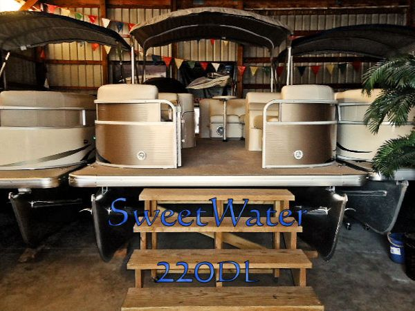 Sweetwater Premium 220 DL