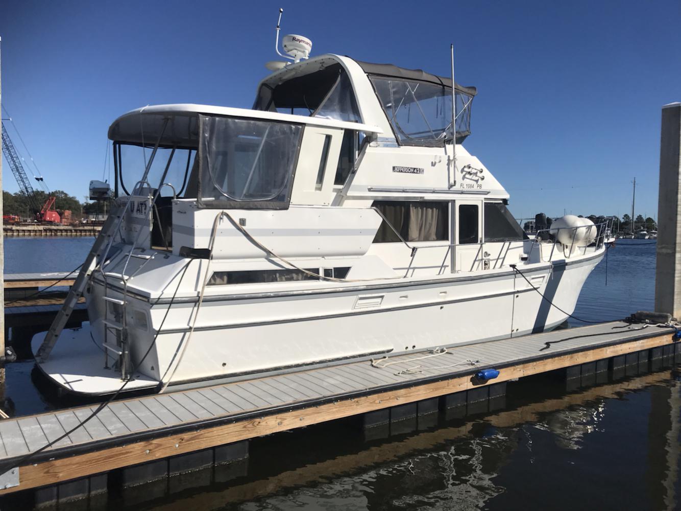 Jefferson 42 Sundeck Motor Yacht