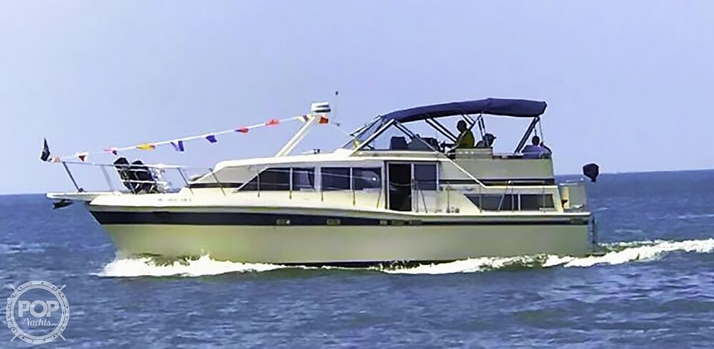Chris-Craft Catalina 381 1984 Chris-Craft 381 Catalina for sale in South Haven, MI