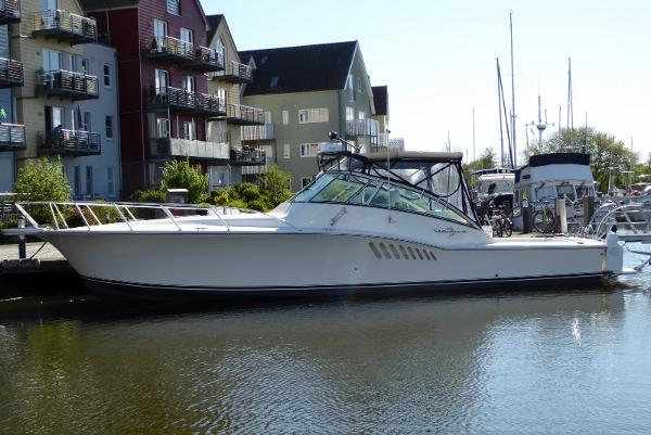 Albemarle Albemarle 410 Express Fisherman P1060057 [1600x1200]