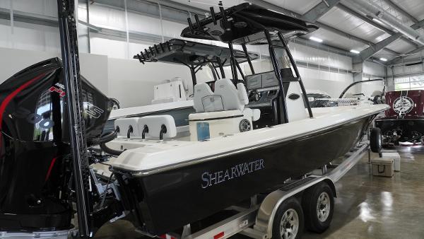 ShearWater 270 Carolina Flare