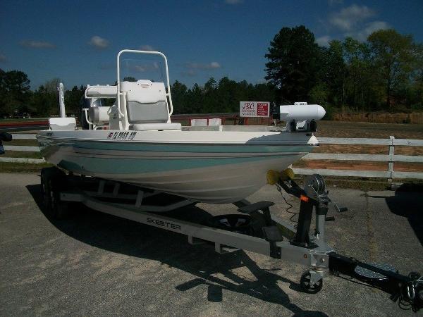 Skeeter SX210