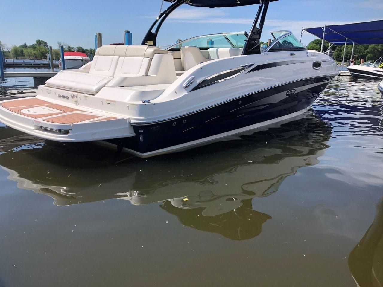 Sea Ray 260 Sedan Bridge