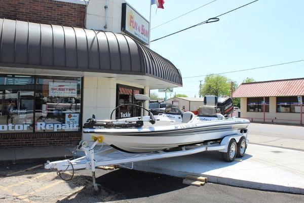 Viper Boats 201 DC