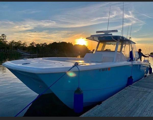 Invincible 37 Catamaran Profile