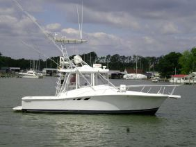 Luhrs Tournament 320 Open C GAl III
