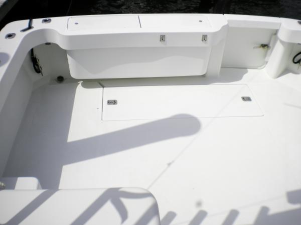 Luhrs Tournament 320 Open Cockpit