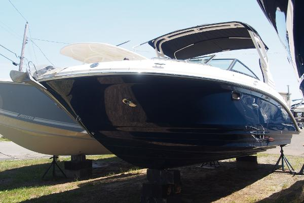 Sea Ray 270 SDX Outboard