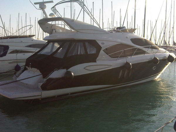 Sunseeker Manhattan 52 Photo 1