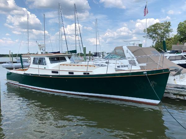 William Garden Custom 40 Downeast Cruiser