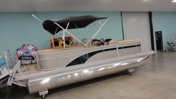 Bennington 22 SSRX PREM SPS TRIPLE TUBE