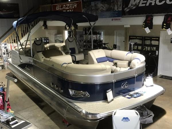 Avalon Catalina Quad Lounge 25'