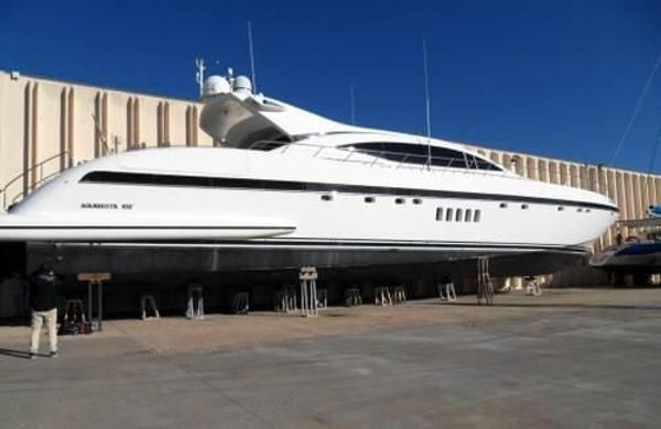Mangusta 108 overmarine