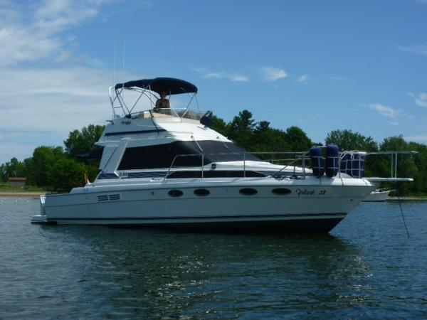 Bayliner Trophy Flybridge