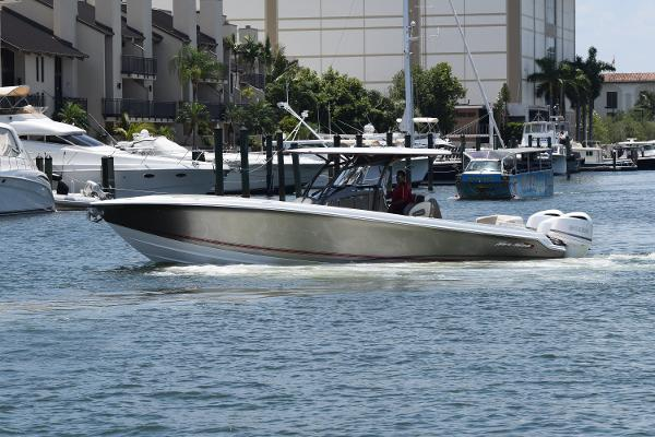 Nor-Tech 340 Center Console Sport Open