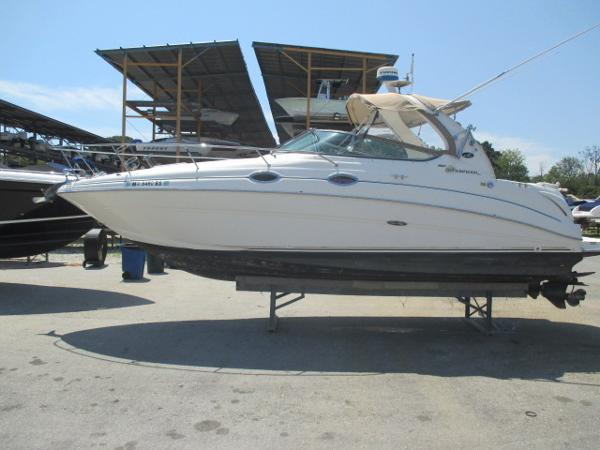 Sea Ray 280 Sundancer Port View
