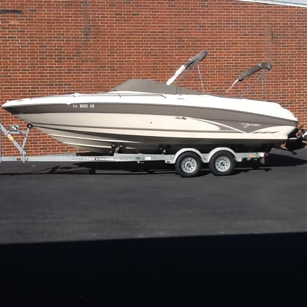 Sea Ray 260 Bow Rider