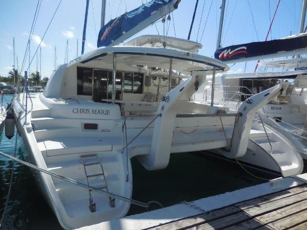 Robertson And Caine Leopard 46 aft view