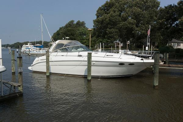 Sea Ray 380 Sundancer Profile
