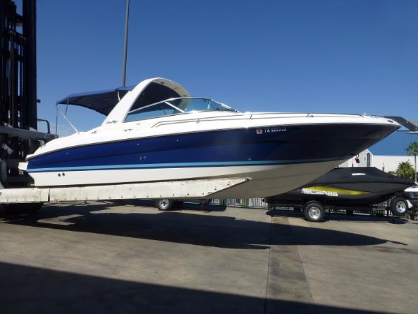 Sea Ray 280 Bow Rider Starboard Profile