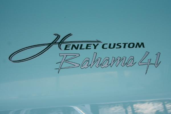 Henley Custom Bahama 41'