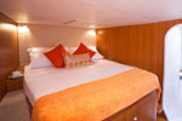 Matrix Yachts Vision 450 Cabin