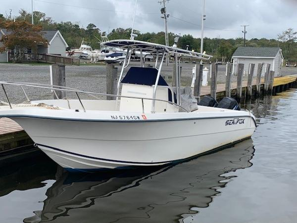 Sea Fox 257 Center Console