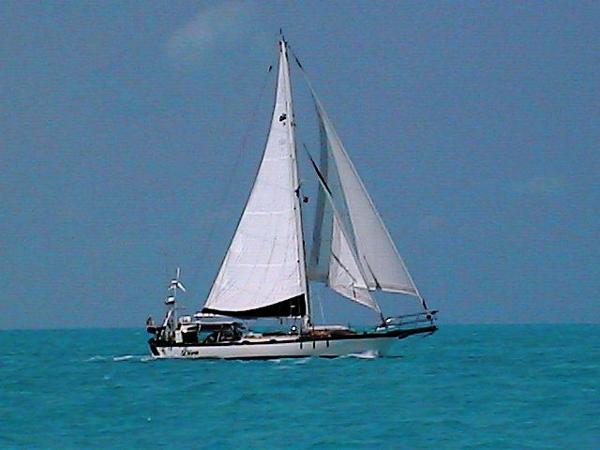 Alajuela Mark I Cutter Profile_Full Sail_Stbd