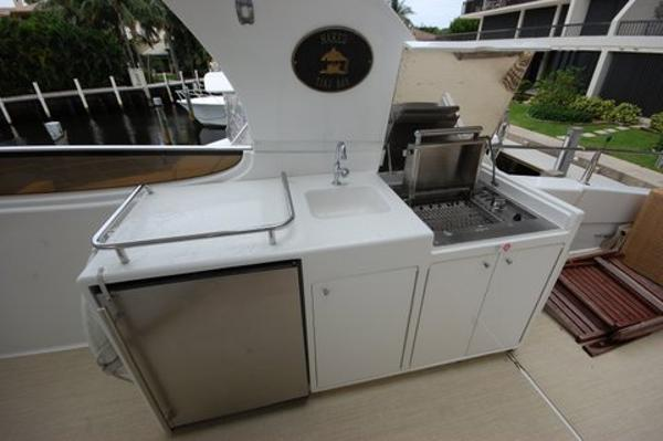 Flybridge Wet Bar