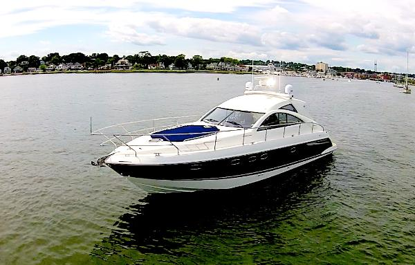 Fairline Targa 47 Gran Turismo Bow Shot