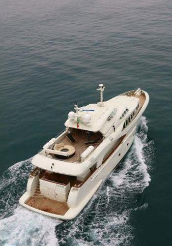 Benetti Style  33 m Luxury steel hull and aluminum