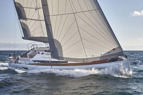 Jeanneau Sun Odyssey 440 Manufacturer Provided Image
