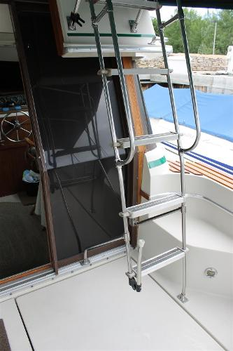 Ladder to Flybridge With Folding Leg for Easy Engine Hatch Removal