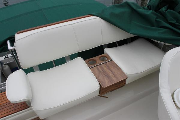 Aft Flybridge Seat with Center Storage Console