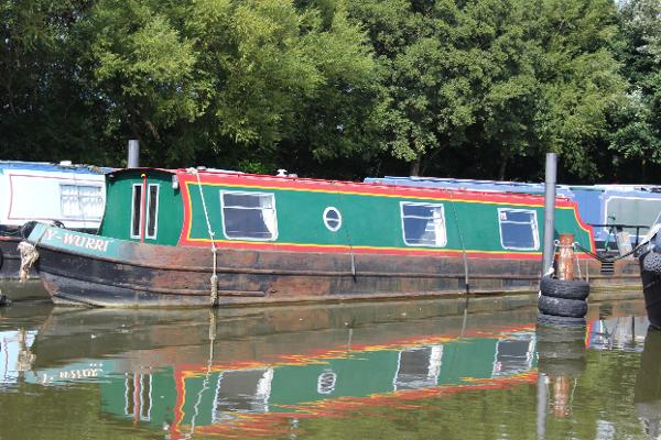 Narrowboat 40' Clubline Cruiser Stern