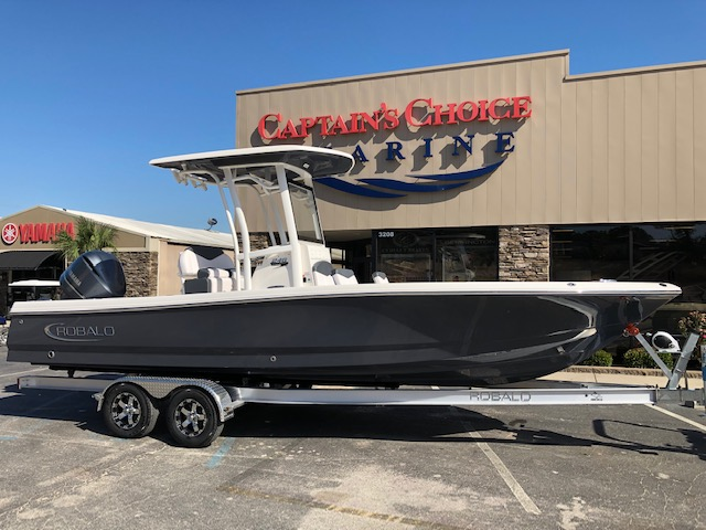 Robalo Bay Boats 246 Cayman
