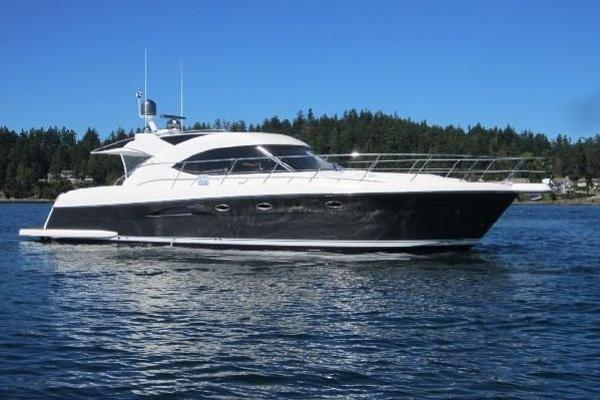Riviera 5000 Sport Yacht Profile at rest with electronics