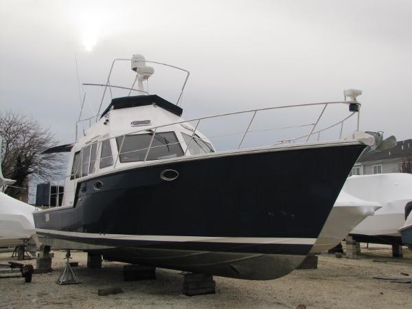 Island Pilot 395