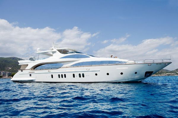 Azimut 116 Main view