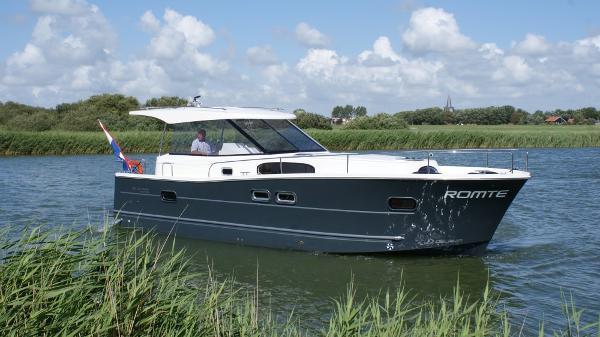 Delphia Yachts Escape 1050