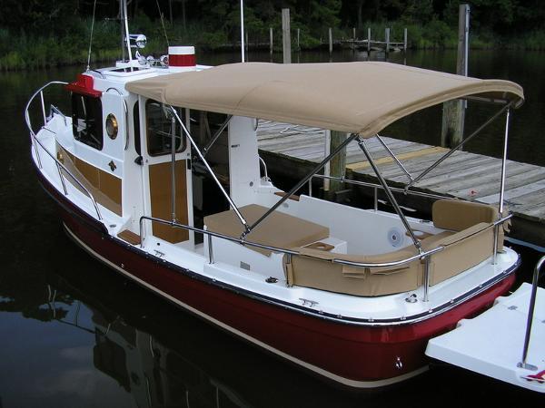 Ranger Tug  R 21 EC