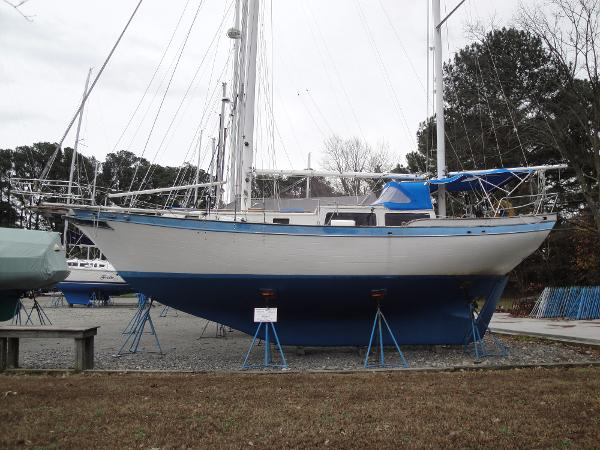 Downeast Yachts 38