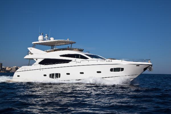 Sunseeker 80 Yacht Exterior