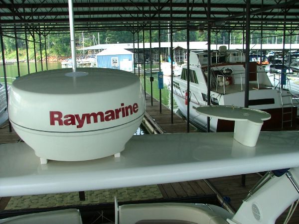 Raymarine Radar dome
