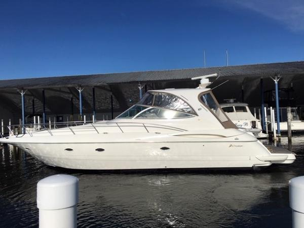 Cruisers Yachts 44 Express MAIN WEB