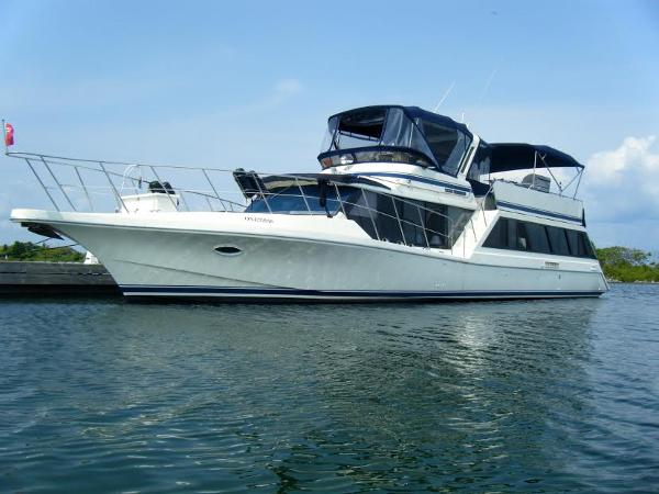 Bluewater Yachts 60 Motoryacht Profile