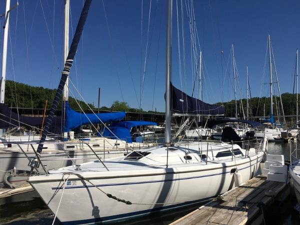 Catalina 36 MkII Well Maintained Catalina 36 Mark ll