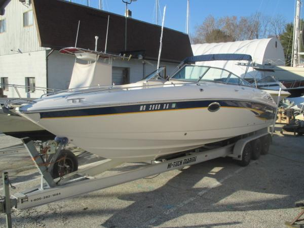 Chaparral 280 SSi Port Bow